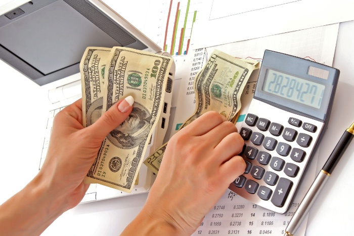 Để chơi cờ bạc được lâu dài và không bị lâm vào tình cảnh trắng tay bạn cần phải viết cách quản lý tiền nong và tài chính